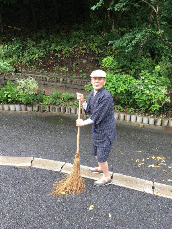 img 2250 - 朝のお掃除