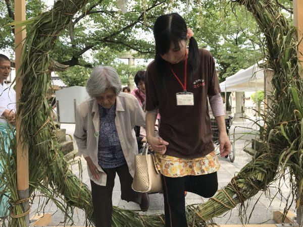 img 3798 - 日峯神社で茅の輪くぐり