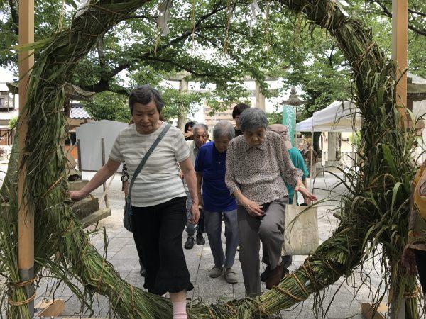 img 3808 - 日峯神社で茅の輪くぐり