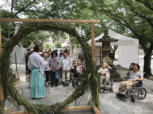 img 3813 - 日峯神社で茅の輪くぐり