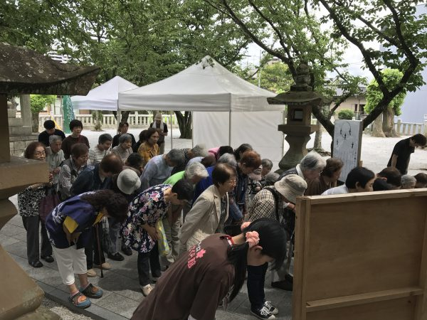 img 3817 - 日峯神社で茅の輪くぐり