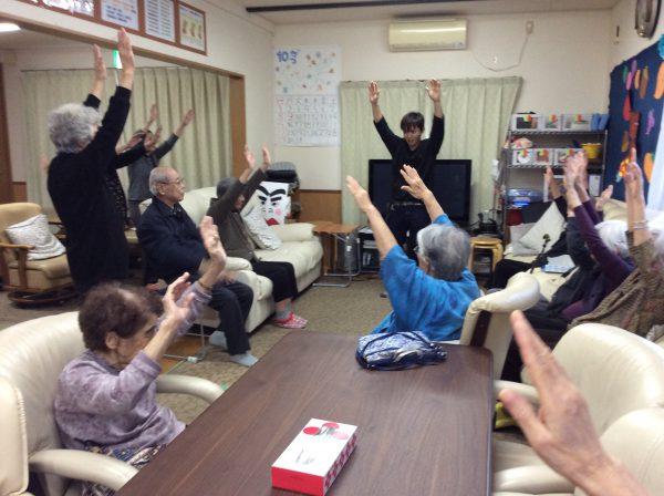 img 2064 - みんなで体操!!