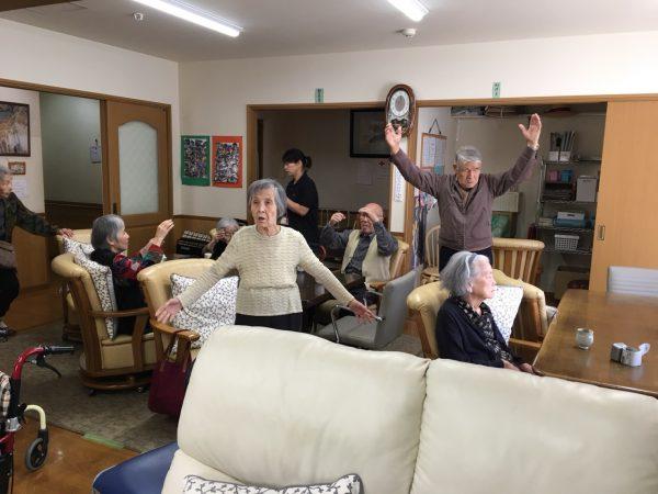 img 2079 - みんなで体操!!
