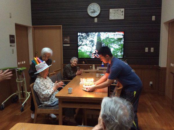 img 6735 1 - 佐藤ミツコ様、お誕生日🎂