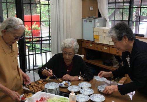 img 9741 500x347 - 機能訓練 〜 料理の盛り付け 〜